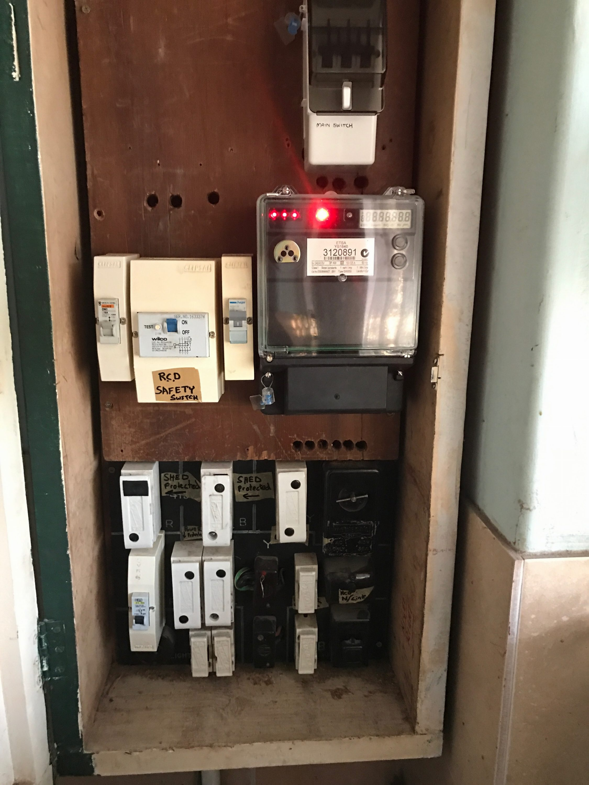 3 phase switch board adelaide old